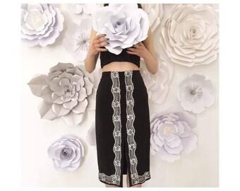 Pencil skirt with lace trim around hem