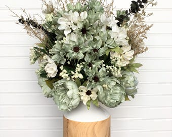 Rustic Silk Floral Arrangement, Vintage Silk Flower Arrangement, Farmhouse Centerpiece, Sage and White Daisy Arrangement, Decor, All Season