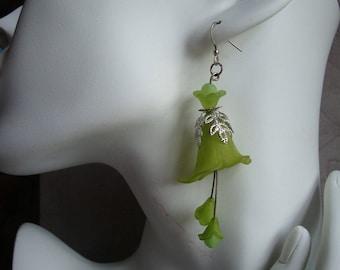 Earrings green Bell, arum, green, Pearl lucite arum, wedding