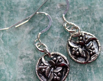 small round floral earrings / round silver earrings / fine silver PMC / handmade