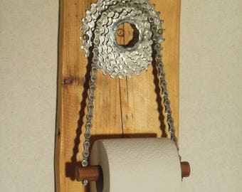 Bathroom/toilet paper holder! Upcycling!