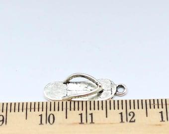 10 Flip flop Charms - Antique Silver - EF00073