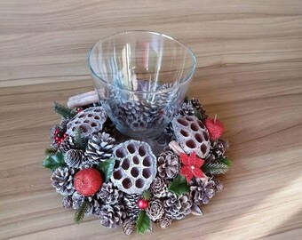Pine Cone Christmas Themed Table Decoration/Candle Vase