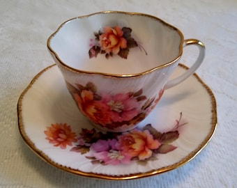 English Royal Heritage Teacup and Saucer Set, Pink and yellow roses with gold trim, Bone China made in England