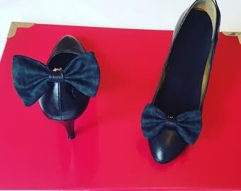 Shoes - shoe bow clip