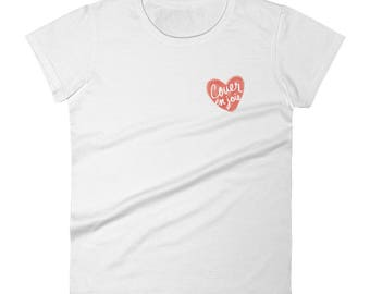 "Couer en joie"" heart pocket print, women's short sleeve t-shirt"