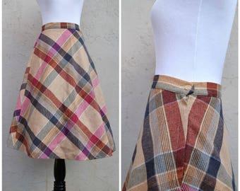1950s plaid skirt, Wool plaid, 50s skirt, Vintage plaid skirt, Vintage wool skirt, Knee length skirt, Plaid 50's skirt, Wool 50's skirt