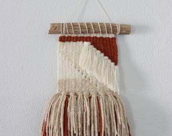 woven wall hanging / small weaving