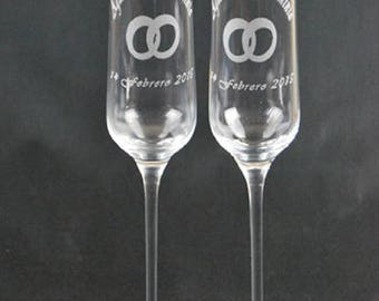 2 Flute Cava Glasses engraved as you wish