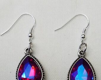 Tear-drop red glass gemstone earrings