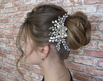 Bridal hair combs with natural pearl Wedding hair piece Flower hair comb Wedding hairpiece Bridal hair pieces Floral hairpiece