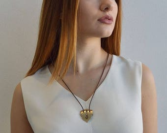 ALHAMBRA Brass and Wood Necklace