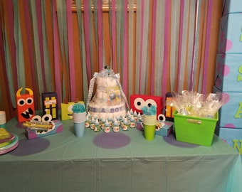 Full Party Display Table Decor