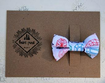 White Hair Bow Clip | White Geometric Print | White Girls Bow | Girls Gift | White Bow Barrette | Toddler Bow Hair Clip | Girls Hair Clip