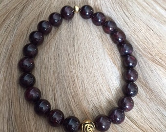 Natural Garnet Beaded Bracelet With Rose