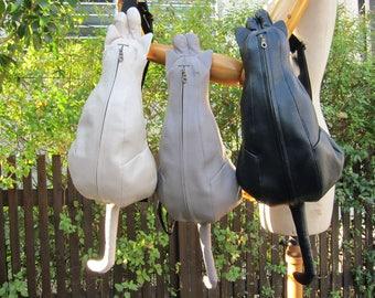 Chigracci/Real cat type body bag black/cat bag/leather/Japan/Black Cat