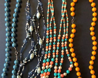Small lot of vintage beaded necklaces
