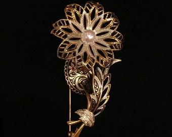 Lovely Damascene Flower Brooch