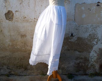 Vintage  Antique 1900s  French Victorian white cotton & handmade crochet petticoat /skirt / Size adaptable