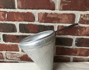 Vintage Tin Metal Antique Kitchen Decor Collectible Food Ricer Strainer  Aluminum Food Sieve Ricer Strainer Cone