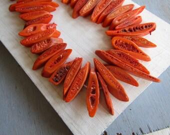 orange stick  bone beads , irregular freeform  beads, ethnic boho bohemian , rough natural exotic   /  12 beads  -  7bb1-5