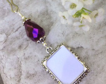 Wedding bouquet photo charm with ultra violet crystal. Bridal bouquet charm. Memorial picture frame for bouquet. Personalized gift for her.
