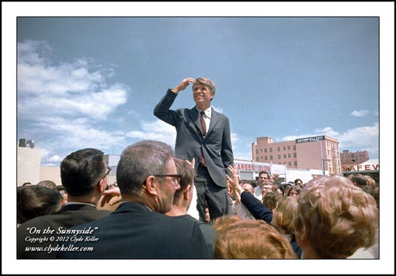 ON THE SUNNYSIDE, Robert F. Kennedy, Clyde Keller 1968 Photo
