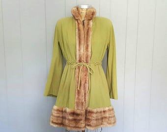 SALE 1950s Fur and Wool Swing Coat / split pea chartreuse green / Small