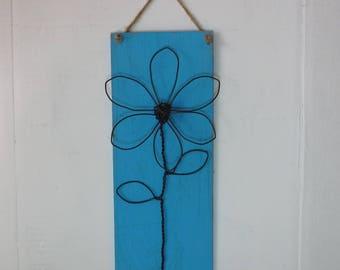 Wire Flower Plauque