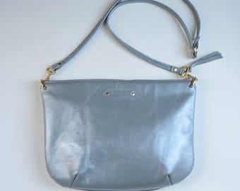 Nana mini leather dart bag: Ice blue