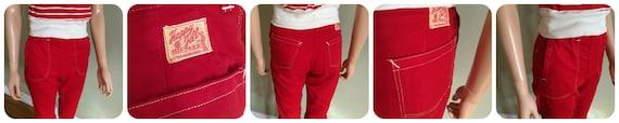 1950s HAPPY JILL Red Denim High Waist Clam Diggers 4 Pockets Contrast Stitch and Hidden Zipper XS