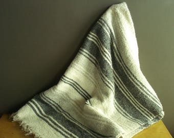 Let's Have a Picnic - Vintage Charcoal Gray, Light Grey and White Falsa Blanket