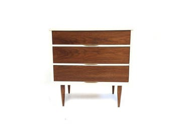 Vintage Petite Dresser In White and Wood