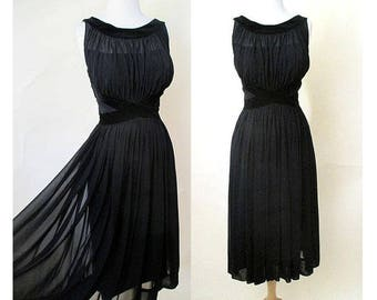 Beautiful 1950's Chiffon & Velvet Cocktail Party Dress Liz Taylor Style illusion neckline Rockabilly Vixen Size Medium