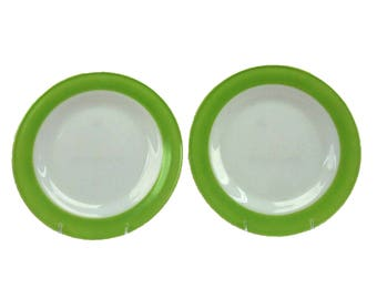 """Two Vintage Pyrex White and Lime Green Rimmed Pyrex Dinner Plates Retro Glamping Style 10"""" Mid Century Retro"""