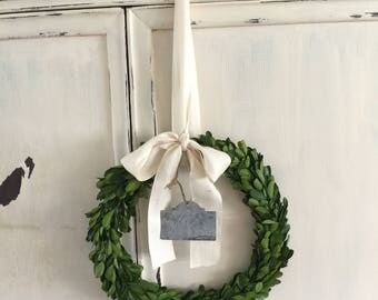 Boxwood Wreath with natural cotton Ribbon an galvanized hangtag