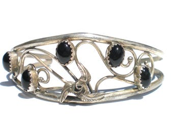 Onyx and Sterling Silver Cuff Bracelet with Wirework and Floral Design - Vintage Jewelry Signed Sterling C