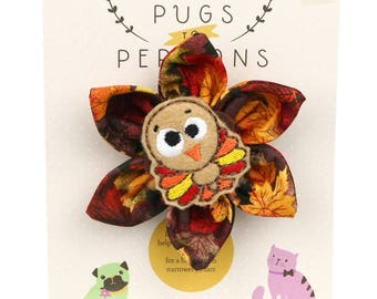 Autumn Dog Bow - Cute Turkey on Autumn Leaves - Flower - Collar Blossom - Medium Size