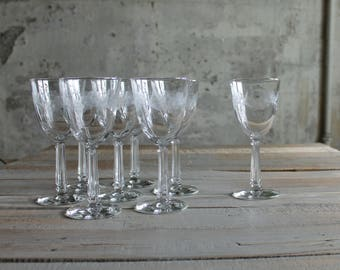 8 Pc Vintage Glass Wine Glasses