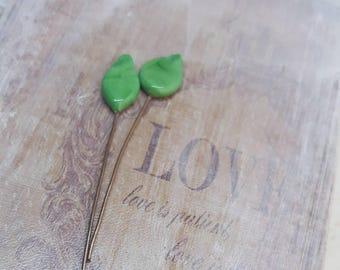 2 clous en verre de Murano filé à la flamme, feuilles vert , SAHP16