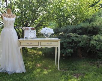 C H I P P Y, Jewelry Box, Vintage Whites Collection Shabby Chest Custom Interior