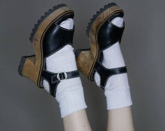 90s Black leather wooden platform sandals by London Underground size 7