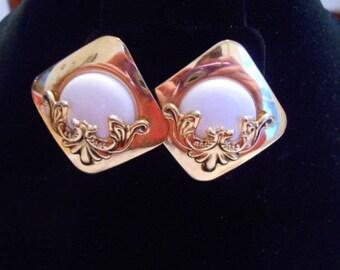 Vintage earrings, Art Nouveau style earrings, clip-on earrings, white and gold earrings, retro madmen earrings, vintage jewelry