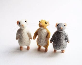 Needle felted mouse - plain