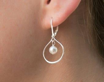 Bridesmaid Earrings Set of 7, Wedding Jewelry, Sterling Silver Teardrop Earrings, Bridesmaid Pearl Earrings, Bridal Party Gifts