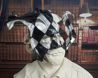 The Checkered Jester Leather Mask