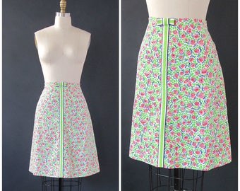 LILLY PULIZER Vintage 70s Skirt   1970s Floral A Line Midi Skirt by The Lilly   Cotton Novelty Print   Sportswear Summer Resort   Size Large