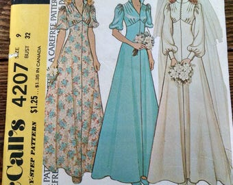 Vintage McCalls misses and juniors bride and bridesmaid's dress pattern used size 9