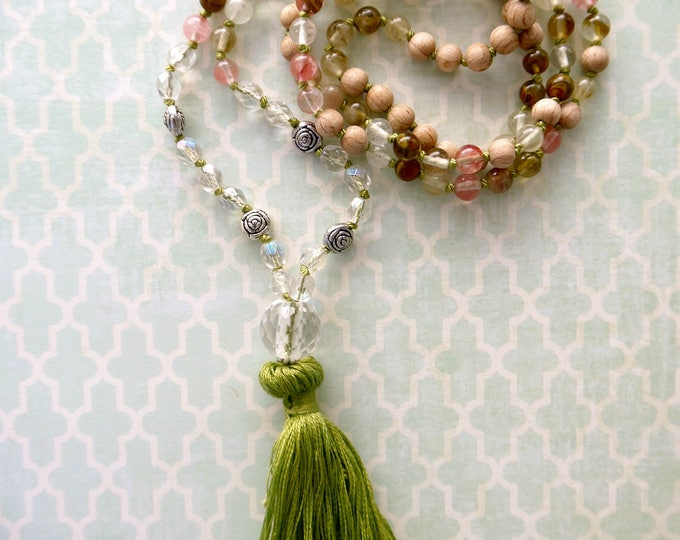 light green, coral tassel necklace, mala necklace with agate beads, glass beads and wood beads, 108 mala beads, boho, hippie style, romantic