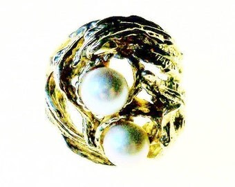 Ring Birds Nest Pearl Eggs Ladies Sz 6 Gold Tone Vintage Jewelry Jewellery Mad Men Gift Guide Women